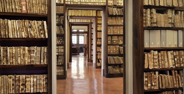 Competenze-di-un-archivista