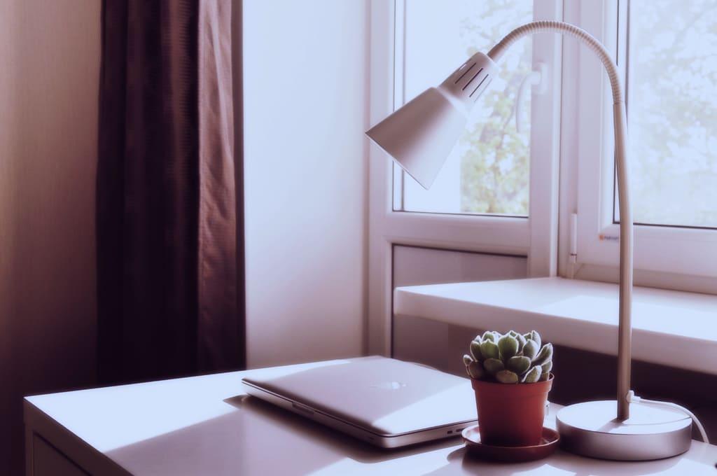 la-lampada-da-scrivania