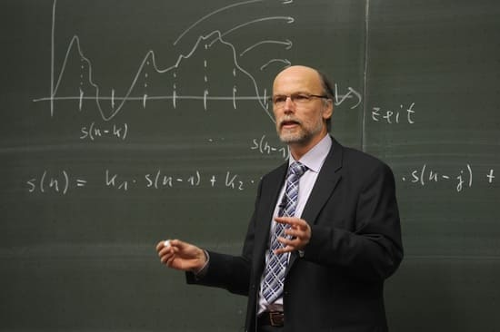 Professori-Universitari