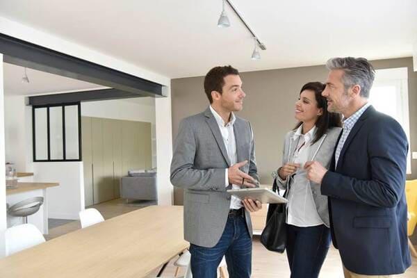 Agente-Immobiliare-e-Property-Manager