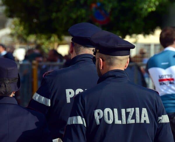 Polizia-dell-olio-oliva