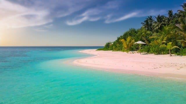 Custode-per-isola-paradisiaca